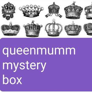 $40 @Queenmumm Mystery Box!